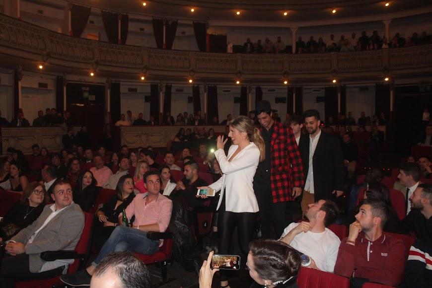 El Teatro Cervantes se llenó con ocasión de la gala de los Premios de la Noche Almeriense.