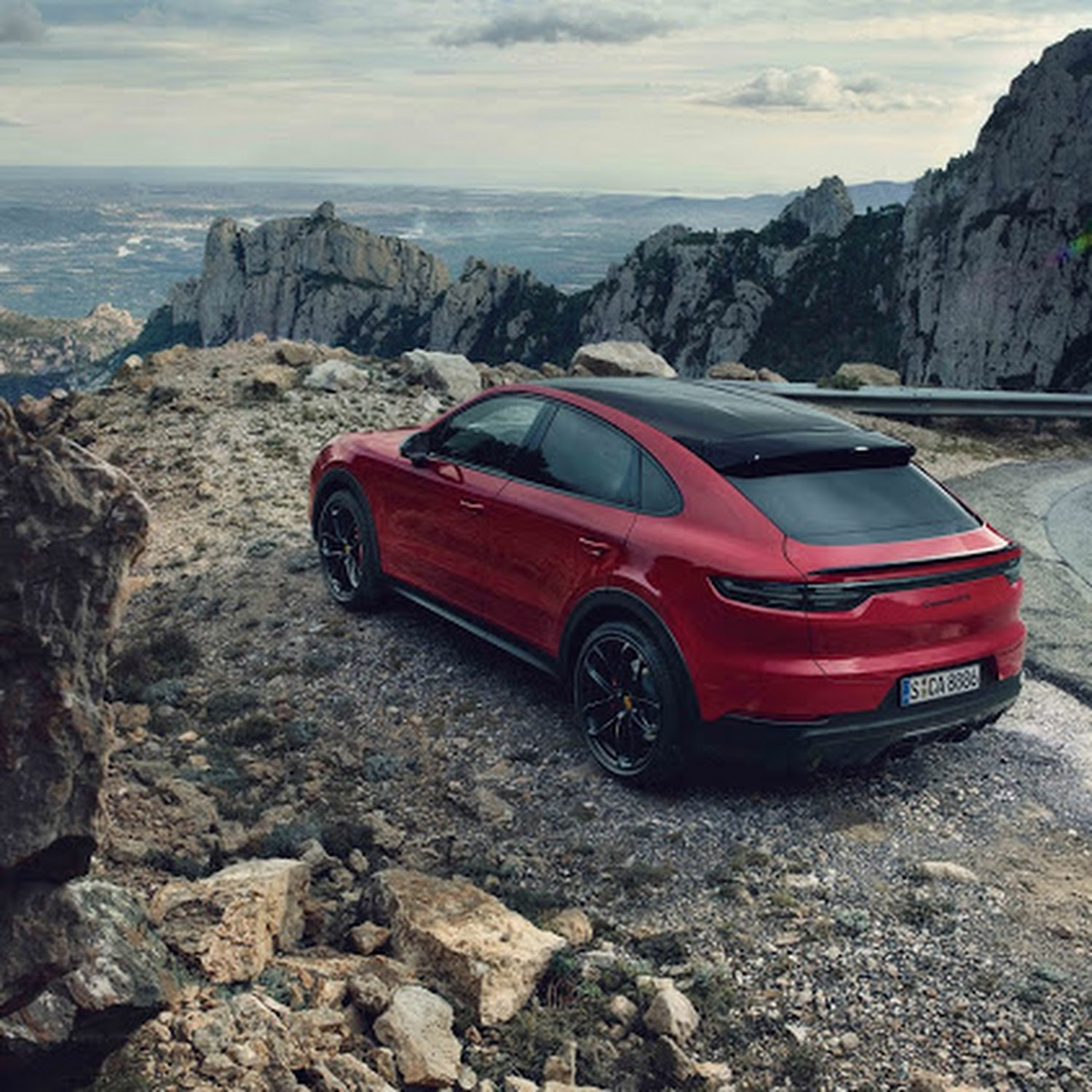 More Bite And More Bark For Latest Porsche Cayenne Gts Sports Utility Models