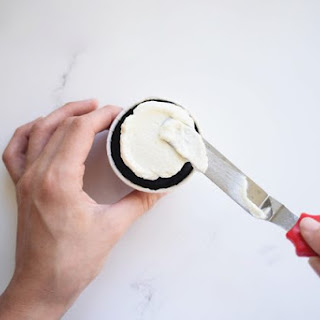 Easy to Make Whipped Cream Frosting