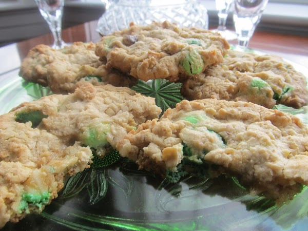 Variations:JAMIE'S MINTY OATMEAL WALNUT COOKIES:In place of raisinets, add 8 oz. pack of mint...