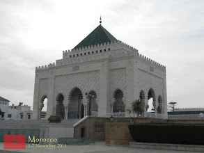 Photo: located just near the the Hassan Tower is the modern Mausoleum of Mohammed V that forms an important historical and tourist complex in Rabat