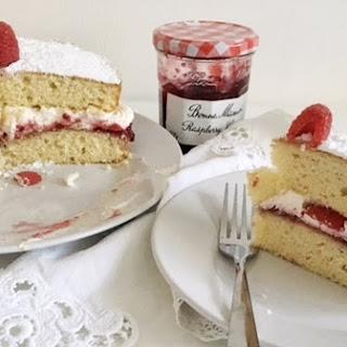 Victoria Sponge with Raspberries.