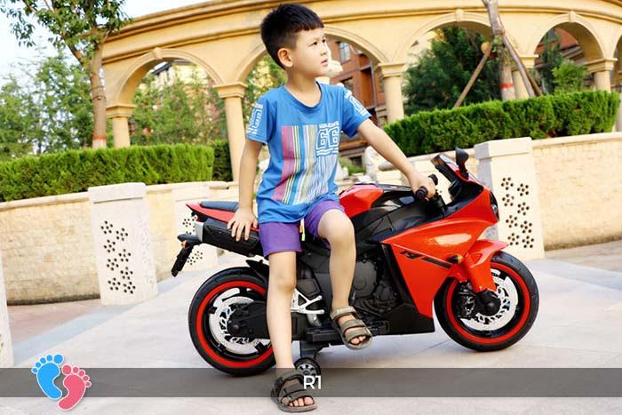 Xe mô tô điện thể thao cho trẻ R1 10