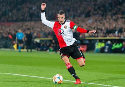 Robin van Persie intègre un staff de Eredivisie