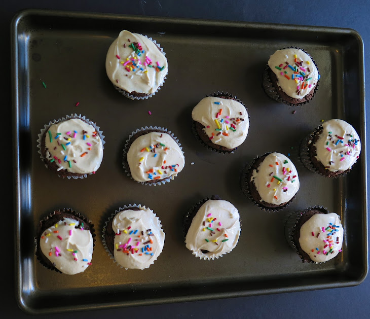 The Healthiest Chocolate Cupcakes with Peanut Butter Frosting Recipe