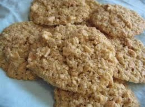 Christy's Chewy Oatmeal/cashew Cookies Recipe