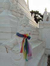 Photo: Stupa statue