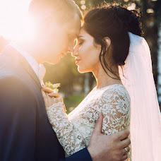 Wedding photographer Marina Guselnikova (Marizi). Photo of 08.10.2016