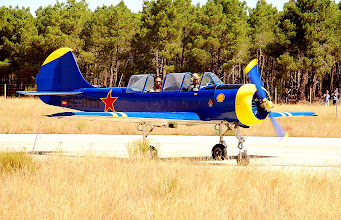 Photo: Jak-52 EC-HYN rodando a plataforma
