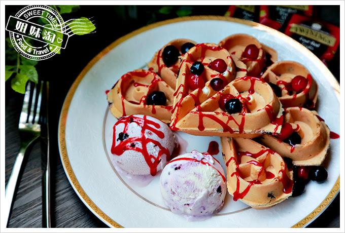 霍克伯爵EARL HAWK綜合莓果冰淇淋鬆餅