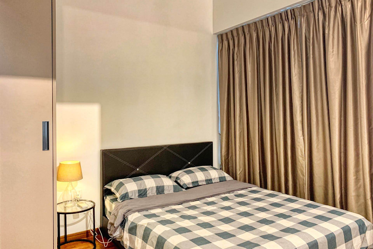 King sized bedroom at Gateway Drive Apartments, Jurong