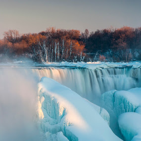 Icily Niagara Falls At Polar Vortex. by Fan Leung - Uncategorized All Uncategorized