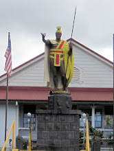 Photo: Famous statute of King Kamehameha I, Hawaii's first king. He was born in 1758 and died in 1819. Also known as Kamehameha the Great, he conquered the Hawaiian Islands and formally established the Kingdom of Hawaiʻi in 1810. His name is pronounced 'ka-MAY-ha-MAY-HA. The statue is in the town of Kapa'au in the North Kohala District on the northwest corner of the Big Island.