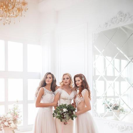 Wedding photographer Darya Carikova (tsarikova). Photo of 23.01.2018