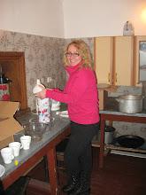 Photo: Darbuojuos Raižių totorių bendruomenės namų virtuvėj :)