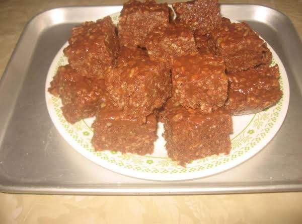 Crispy Rice Chocolate Peanut Butter Treats