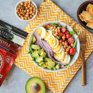 California Cobb Salad (Vegetarian)
