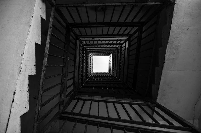 Scale verso l'infinito. di ImeoNPh