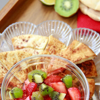 Strawberry Salsa with Cinnamon Pita Chips