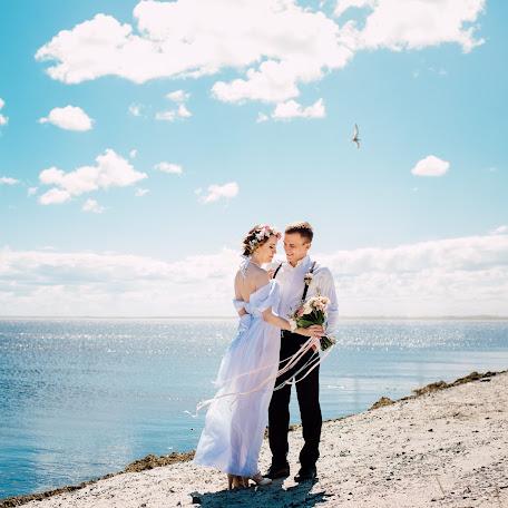 Wedding photographer Anastasiya Kulonbaeva (CharmedAN). Photo of 28.08.2016