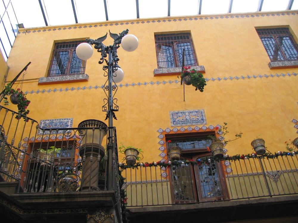 Пуэбла- посещение фабрики фаянса Талавера. Mexico: Puebla(Talavera)