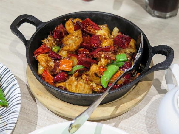 開飯川食堂 夢時代店 -- 辛香麻辣又夠味的精緻川菜料理