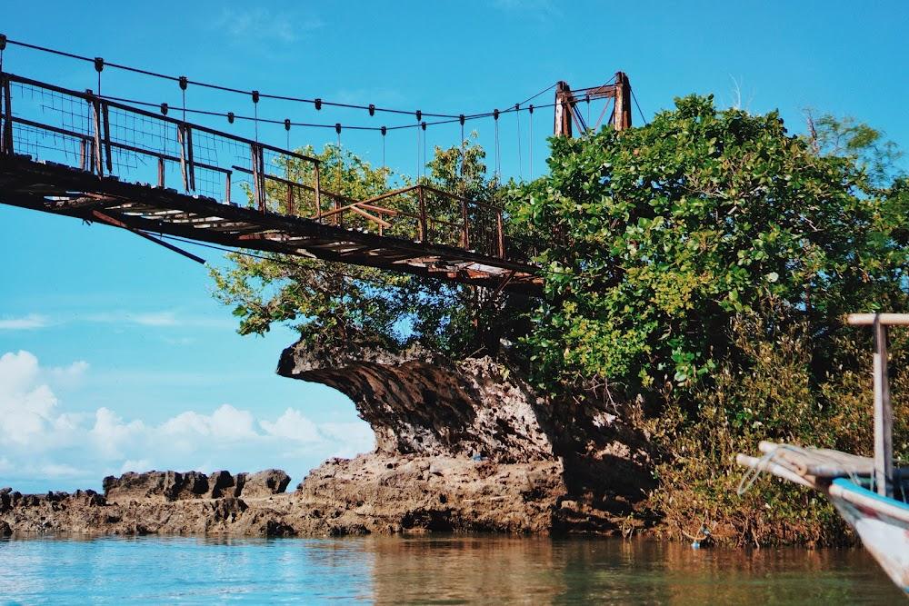 jembatan di santolo