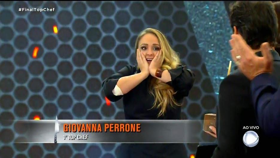 Momento em que Giovanna é anunciada como a grande vencedora do programa Top Chef