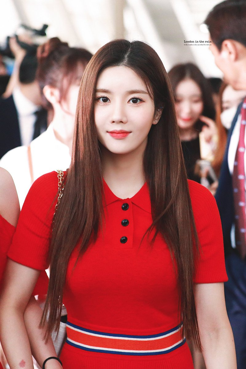 eunbi red dress5