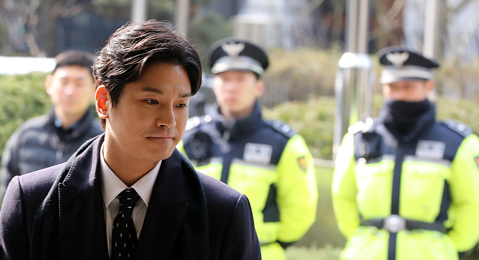 Seoul Police are Still Harassing Burning Sun Whistleblower Kim Sang Kyo |  allkpop