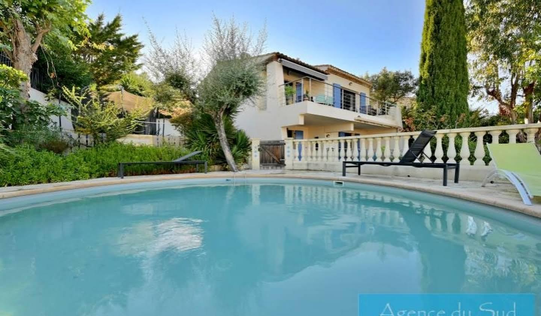 Villa avec piscine et terrasse La Ciotat