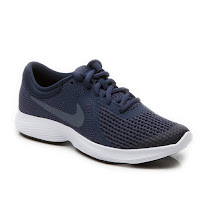 Nike Revolution 4 Lace Trainer REVOLUTION 4 LACE UP