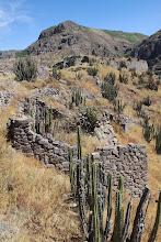 Photo: Construcciones de piedra en la cima I / Soncoquilla Huanca / 18 y 19 de Noviembre (2012) Caylloma