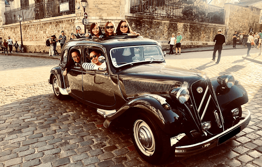 Paris sightseeing tour in a classic French limousine convertible car