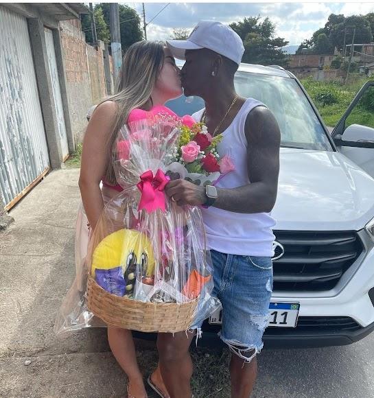 Jonathan Silva celebra el día de los enamorados en Brasil (12 de junio).