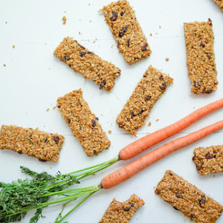 Healthy Carrot Cake Granola Bars