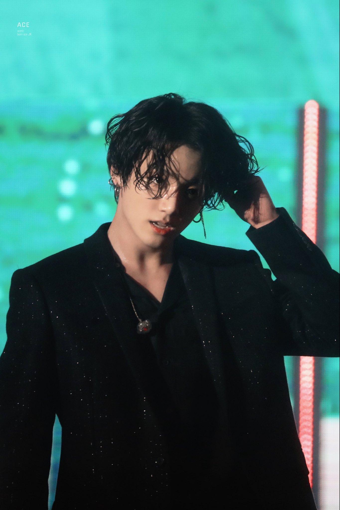 jungkook long hair1