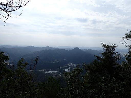 山頂からの展望(古城山など)