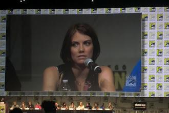 Photo: Friday - The Walking Dead panel; star Lauren Cohan