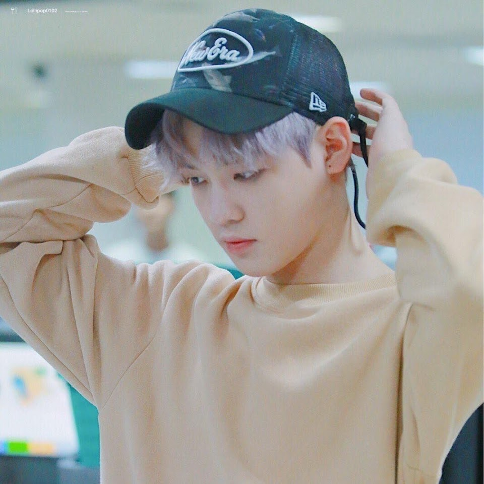 NCT Dream Chenle with Kun's cap