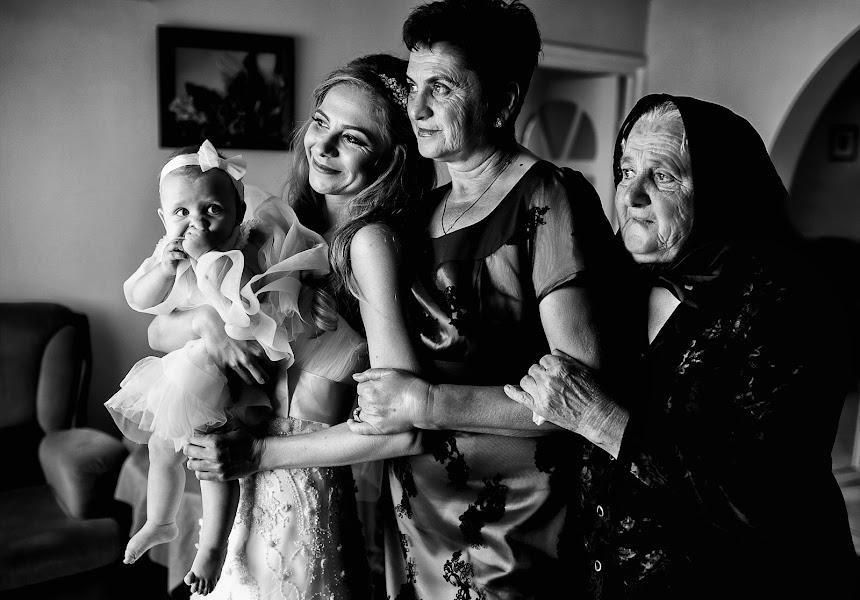 Wedding photographer Sabina Mladin (sabina). Photo of 18.11.2015