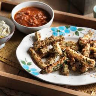 Baked Courgette Fritters With Marinara Sauce.