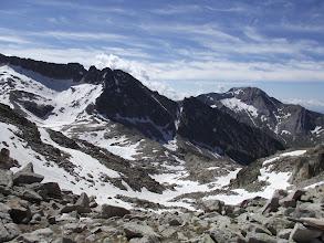 Photo: El Vallhibierna, al fons a la dreta