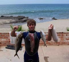 Photo: Dino Vanucci, pesca en Punta sal