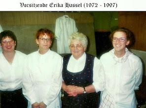 Photo: Speicherch Erika mit 2 Enkelinnen