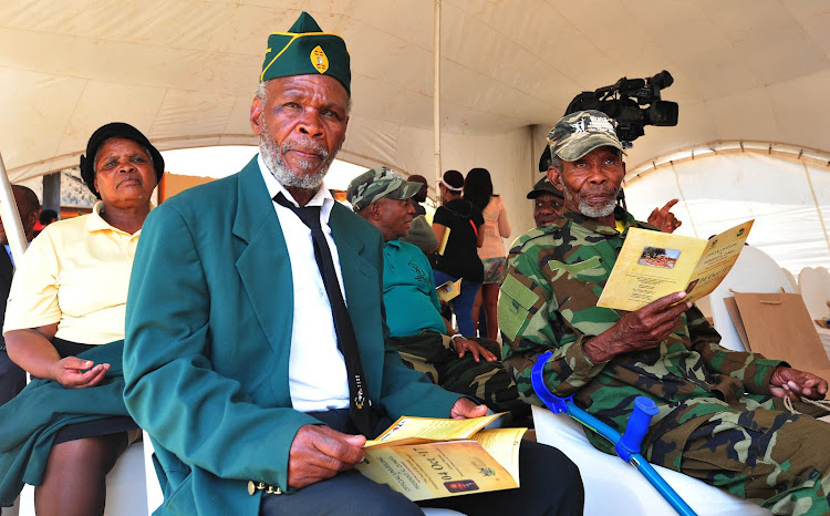Veterans attending the official opening of the Groot Marico Heritage Site and Liberation Heritage Route of the Bokone Bophirima Province on 4 October 2017.