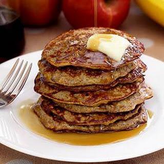 Paleo Apple-Cinnamon Pancakes.