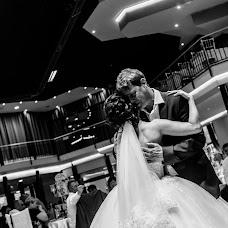 Wedding photographer Vladimir Blum (vblum). Photo of 21.09.2018