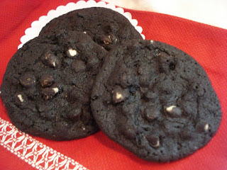 Black & White Chunk Cookies Recipe