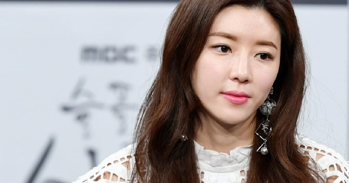 Park Han Byul Hd: Park Han Byul Apologizes Following Reveal Of Her Playing